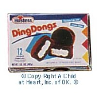 § Disc .60¢ Off - Dollhouse Fudge Cakes Box - Product Image