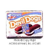 § Disc .40¢ Off - Dollhouse Devil Fudge Cake Snacks Box - Product Image