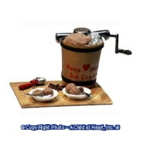 Dollhouse Ice Cream in the Making - Product Image