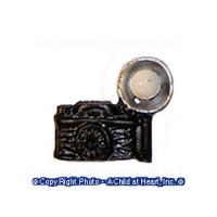 (?) Sale .30? Off - Old Fashion Flash Camera - Product Image