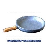 § Sale - Dollhouse Hex Handle Iron Skillet ( 7/8 in ) - Product Image