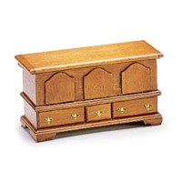 Dollhouse Blanket Chest (Kit) - Product Image