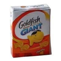 (*) Dollhouse Gold Fish Crackers Box - Product Image