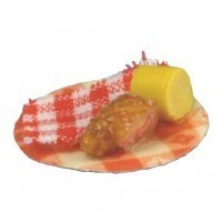 Chicken on Picnic Plates - Product Image