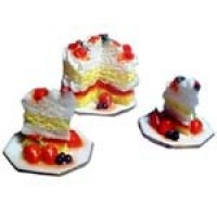 Dollhouse Sliced Strawberry Cake Set - Product Image