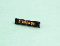 § Disc .30¢ Off - Dollhouse 5th Avenue Candy Bar - Product Image