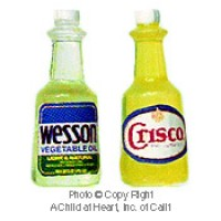 (§) Disc .50¢ Off - Vegetable or Corn Cooking Oil Bottle - Product Image