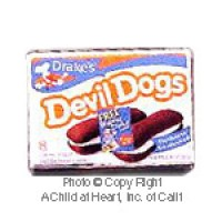 § Disc .40¢ Off - Devil Fudge Cake Snacks Box - Product Image