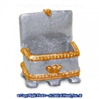 (*) Dollhouse Metal Jewelry Box - Product Image
