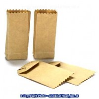 (*) 4 Small Dollhouse Paper Grocery Bags - Product Image