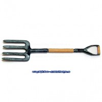 § Sale - Dollhouse Yard Pitchfork - Product Image