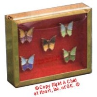 § Disc .60¢ Off - Dollhouse Shadow Box w/ Butterflies - Product Image