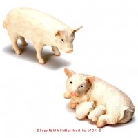 Dollhouse Pig Family - Product Image