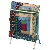 (**) Dollhouse Quilt Rack with Quilt - Product Image