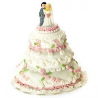 Dollhouse Wedding Cake with Bride & Groom - Product Image