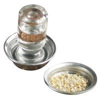 (**) Dollhouse Chicken Feeder Set - Product Image