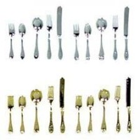 2 (5 pc.) Place Settings in Silver or Gold - Product Image
